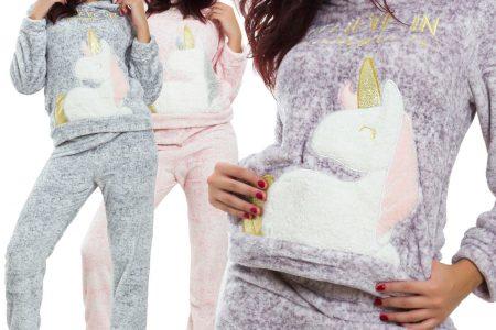 pyjama ou la combinaison à motif licorne-combinaison