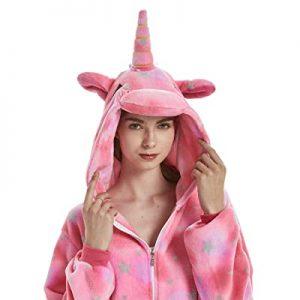 pyjama ou la combinaison à motif licorne-pyjama