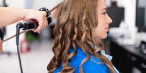 accompagner les femmes dans leurs rituels de beauté et de coiffage